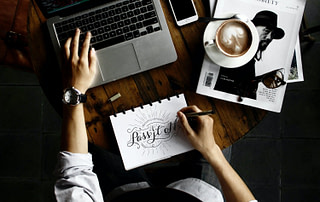 7 Reasons Why You Need to Hire A Professional Logo Designer